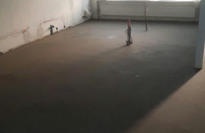 Cementdek vloer leggen woonhuis Mierlo